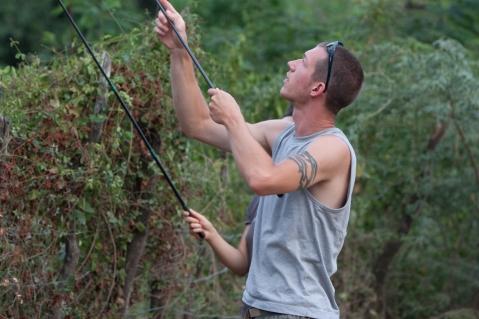 Travis Hagey noosing lizards - Recodo Road, Dominican Republic